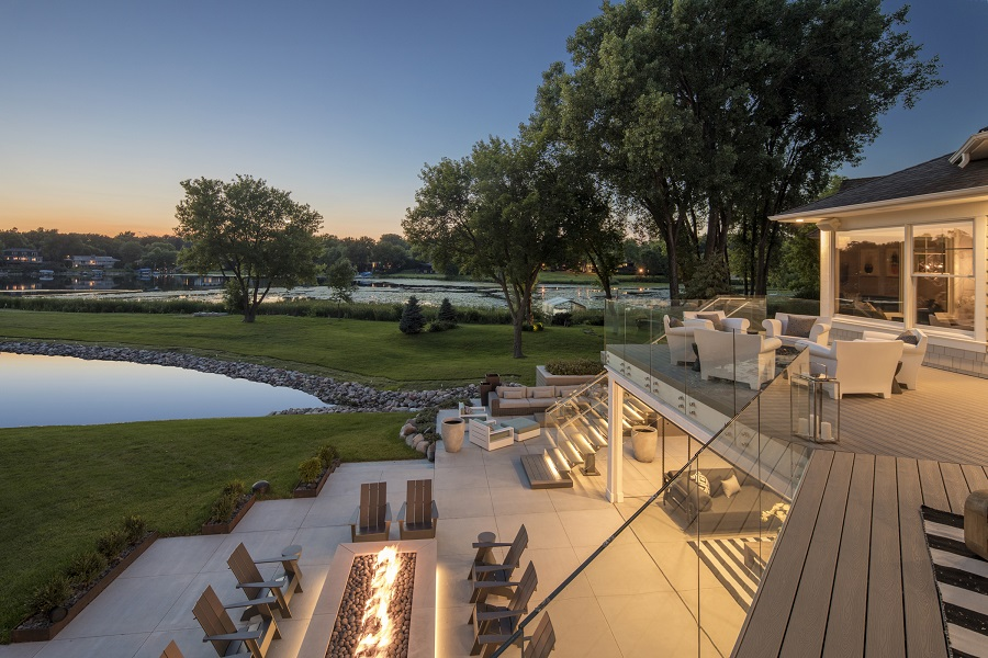 How to Get More Out of Your Outdoor Spaces with Smart Lighting