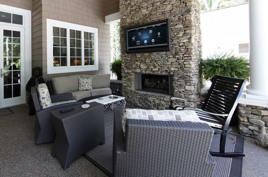How to Get More Out of Your Outdoor Spaces with Smart Technology