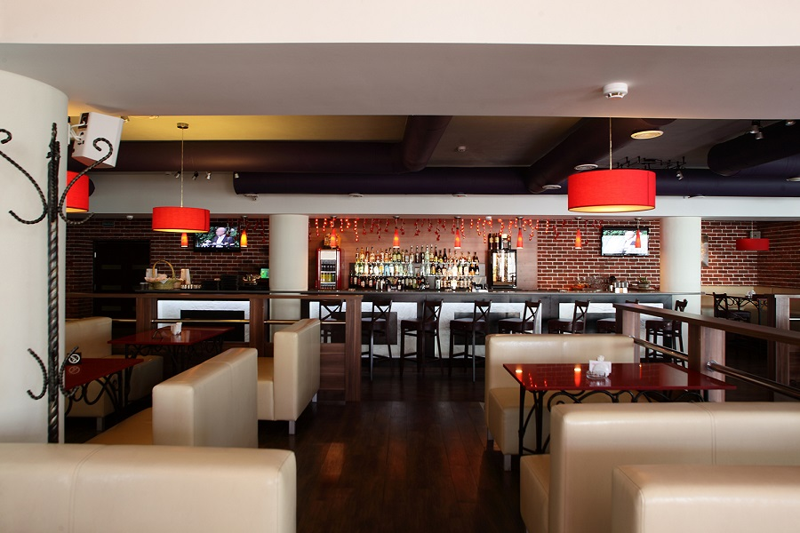4 Reasons to Invest in a Sound System for Your Restaurant