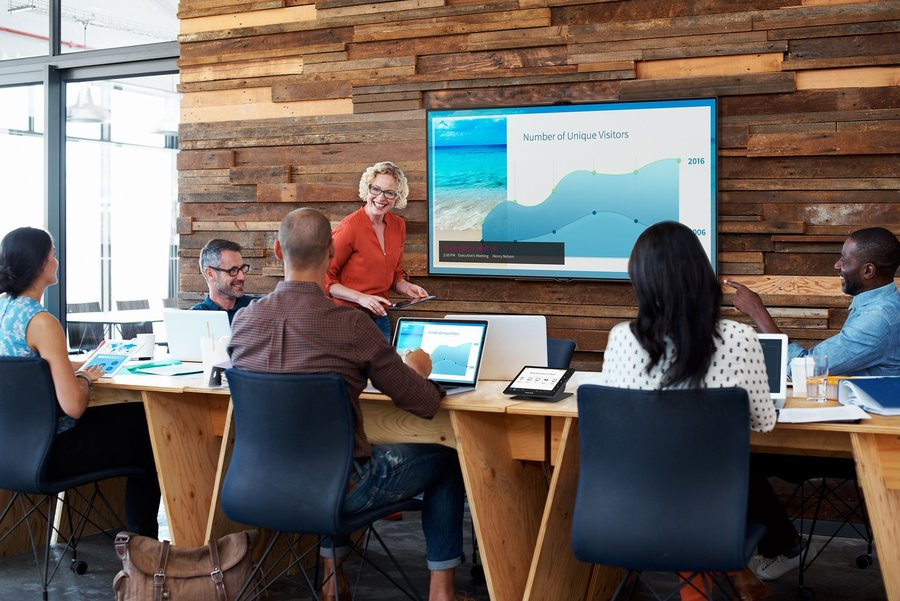 Crestron Air Media: Wireless Conference Room Technology